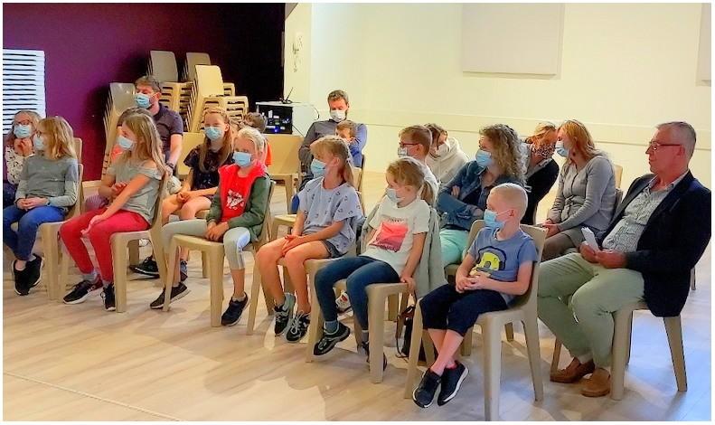 Réunion de présentation de l'atelier-théâtre pour enfants